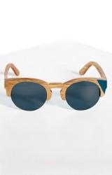 lunettes-femme-waiting-for-teh-sun